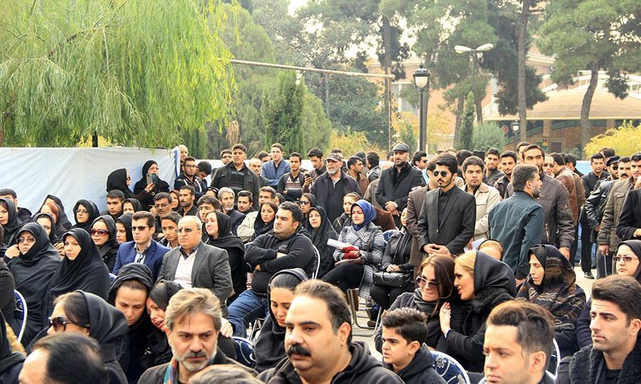 Morteza Pashaei 14 آخرین دیدار باشکوه مردم با مرتضی پاشایی به همراه تصاویر