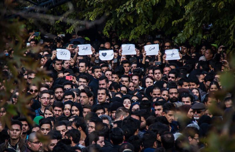 Morteza Pashaei 45 آخرین دیدار باشکوه مردم با مرتضی پاشایی به همراه تصاویر