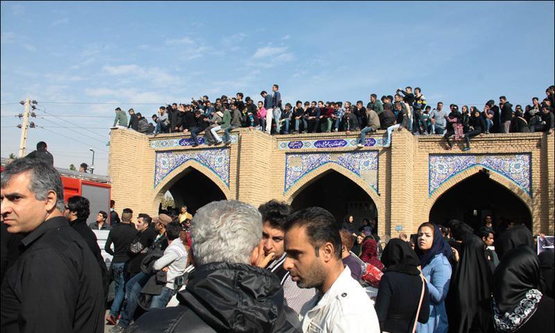 Morteza Pashaei 47 آخرین دیدار باشکوه مردم با مرتضی پاشایی به همراه تصاویر