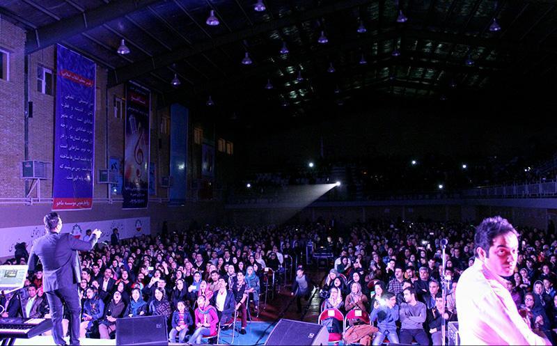 KhajehAmiri%20 %20zahedan%209 تصاویر کنسرت پاییز تنهایی خواجه امیری