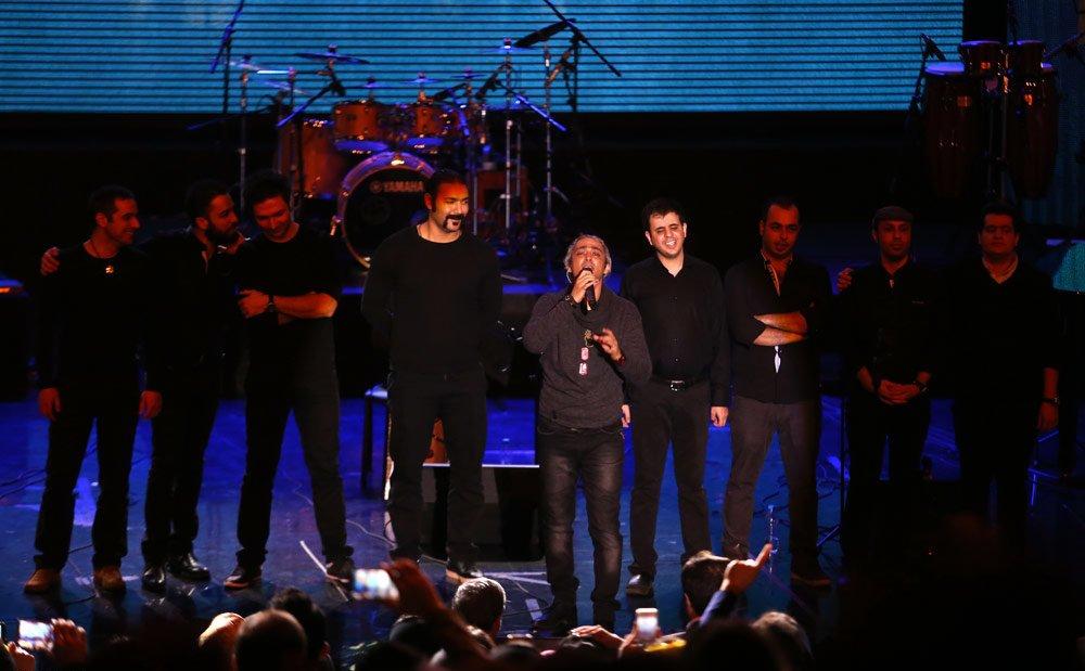 falahi%206 گزارش تصویری کنسرت مازیار فلاحی با یادی از پاشایی
