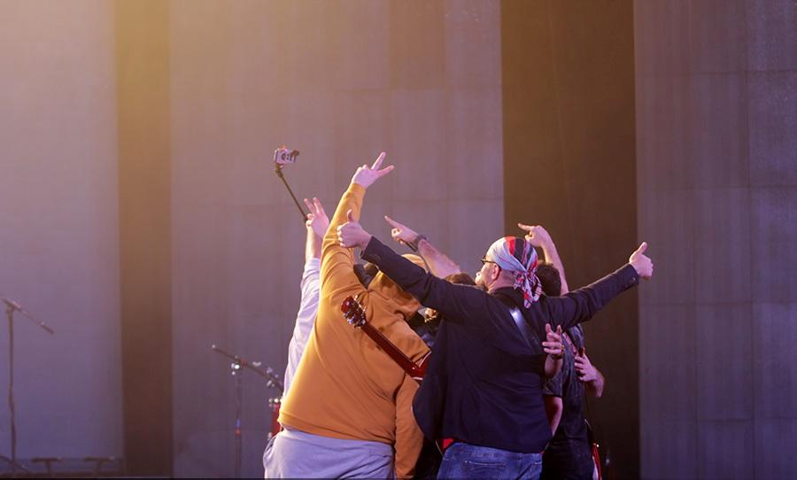 khosravi%2011 تصاویر کنسرت سیروان خسروی در جشنواره فجر