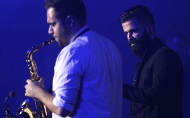khosravi%207 تصاویر کنسرت سیروان خسروی در جشنواره فجر