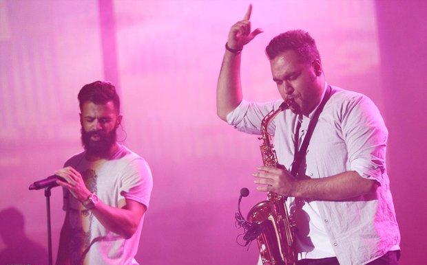 khosravi%208 تصاویر کنسرت سیروان خسروی در جشنواره فجر