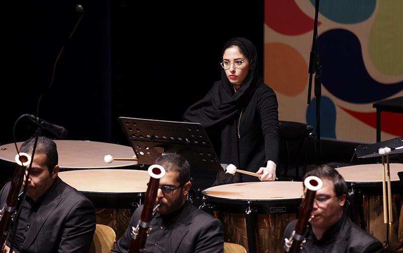 orkester%2015 تصاویر اجرای ارکستر تهران در جشنواره فجر