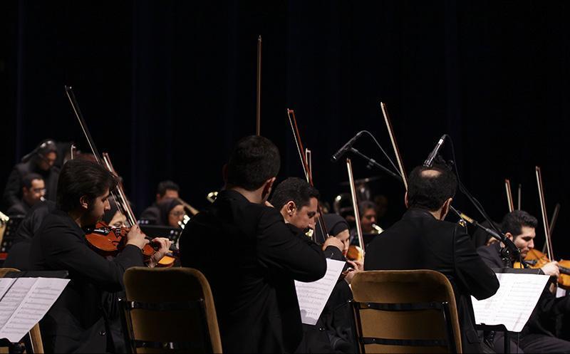 orkester%203 تصاویر اجرای ارکستر تهران در جشنواره فجر