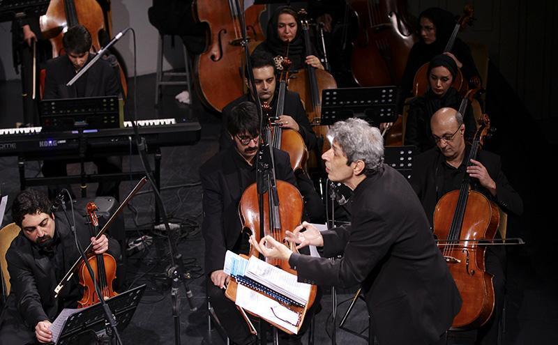orkester%208 تصاویر اجرای ارکستر تهران در جشنواره فجر