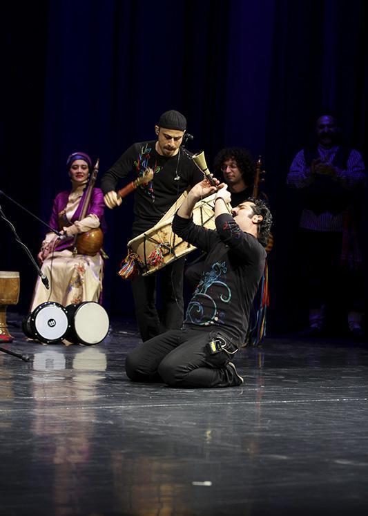 rastak%20%2011 تصاویر کنسرت گروه رستاک در جشنواره فجر
