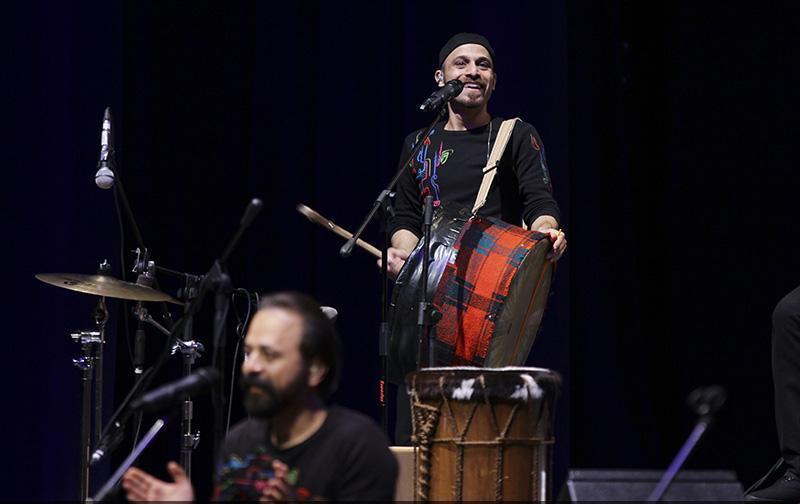 rastak%20%205 تصاویر کنسرت گروه رستاک در جشنواره فجر