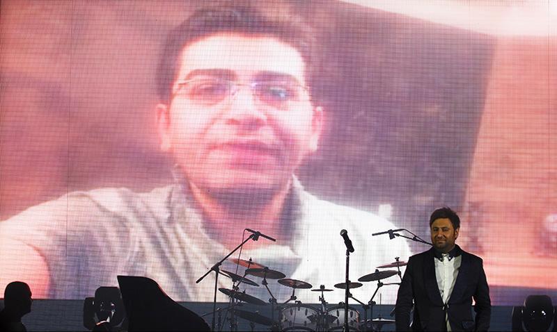 Alizadeh%2011 وفای به عهد محمد علیزاده به یاد پاشایی در کنسرتش