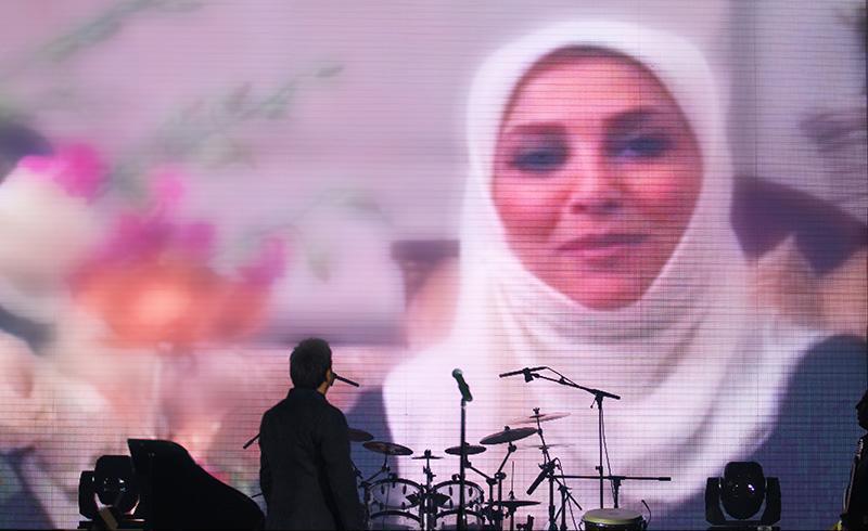 Alizadeh%2015 وفای به عهد محمد علیزاده به یاد پاشایی در کنسرتش