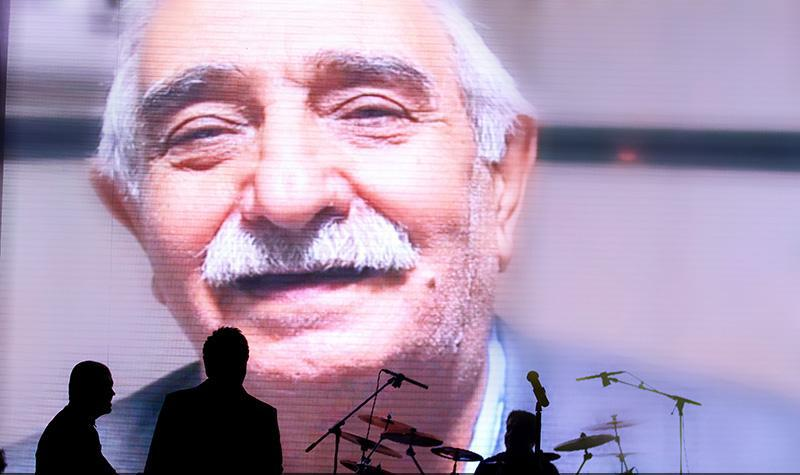 Alizadeh%209 وفای به عهد محمد علیزاده به یاد پاشایی در کنسرتش