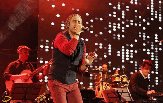 falahi%202 گزارش و تصاویر کنسرت ماه هفتم مازیار فلاحی