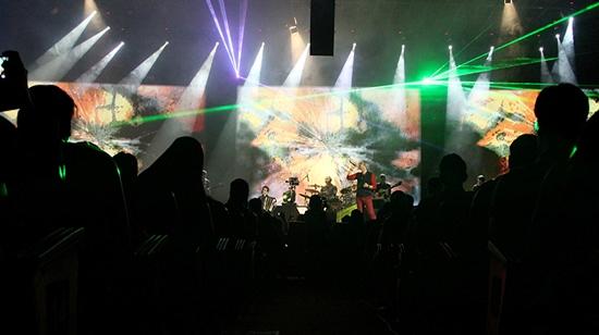 falahi%206 گزارش و تصاویر کنسرت ماه هفتم مازیار فلاحی