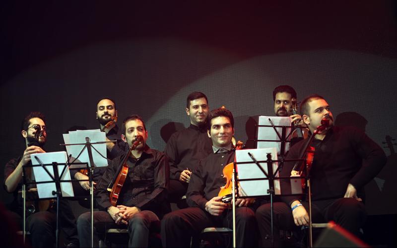 تصاویر کنسرت محمد علیزاده رکورد دار ماه