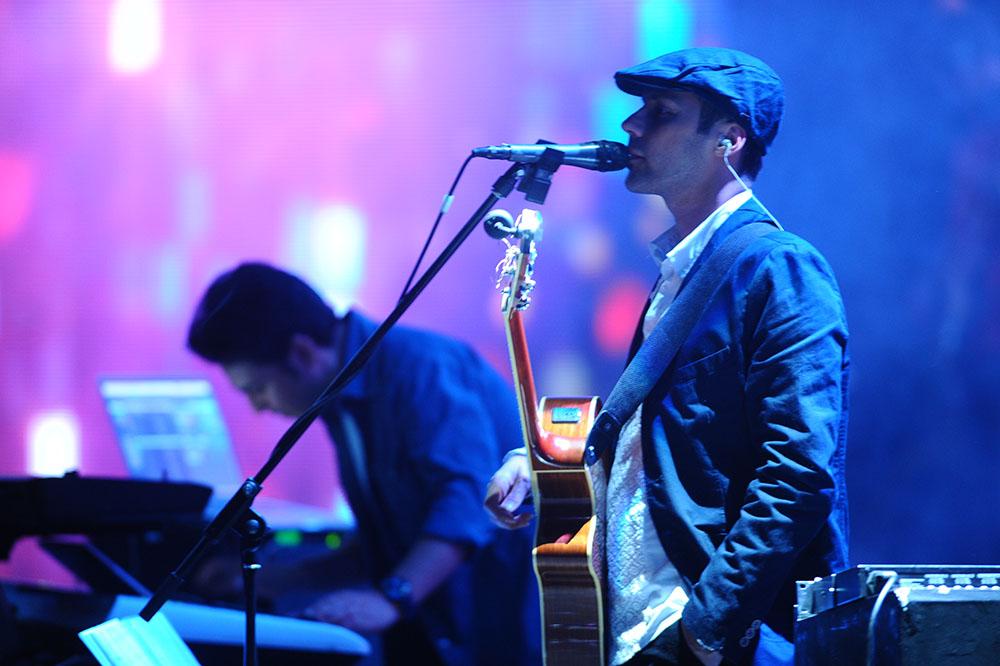 Benyamin%209 تصاویر کنسرت بنیامین بهادری در جشنواره فجر