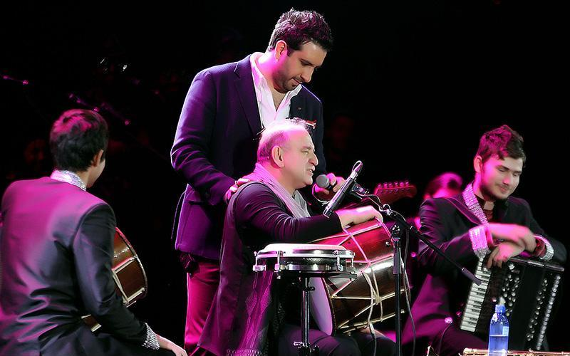 Hajili%206 گزارش و تصاویر کنسرت تهران امید حاجیلی
