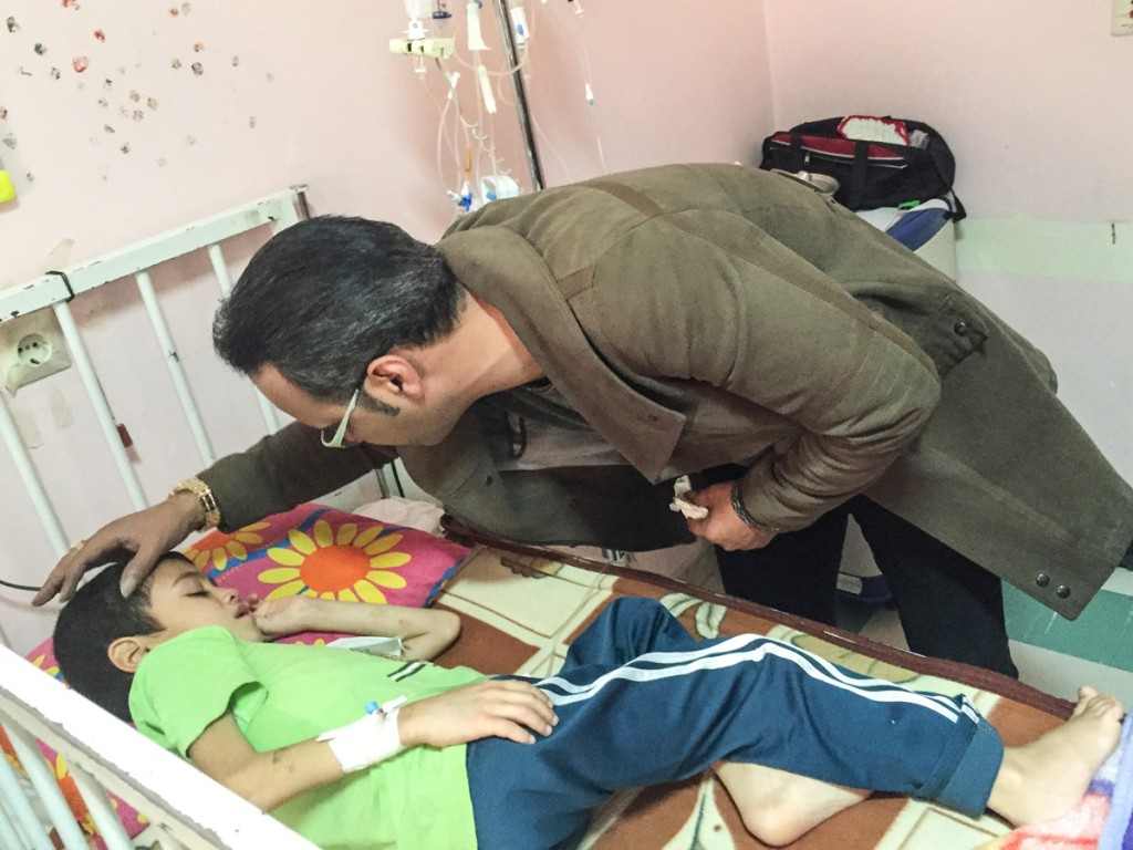 shokohi تصاویر عیادت شهرام شکوهی از کودکان سرطانی