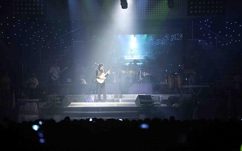 محسن یگانه در کنسرت خود برای سرباز وطن خواند