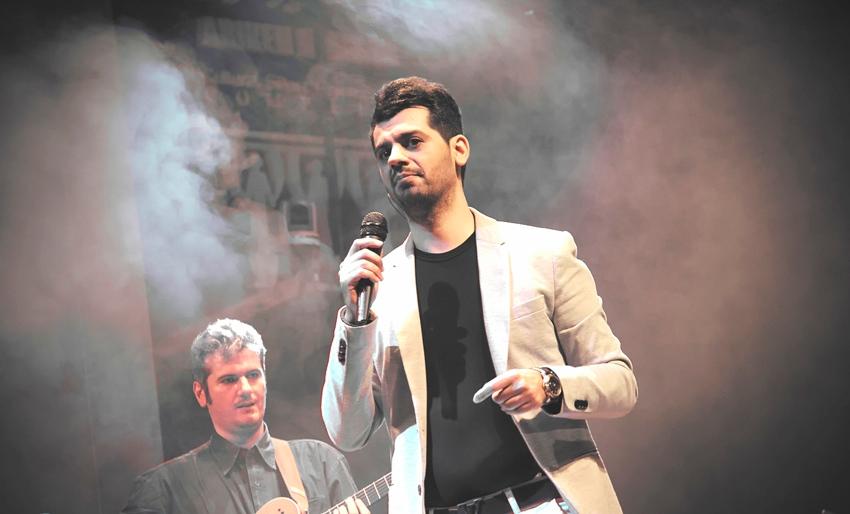 جشن تنهایی شهاب رمضان با هوادارانش برگزار شد