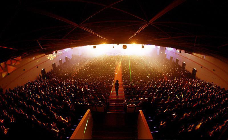 Hamid%20Askari%2012 تصاویر کنسرت حمید عسکری در شب تولدش