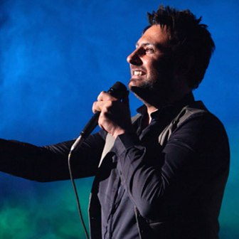 اجرای زنده آهنگ ساری گلین با صدای محمد علیزاده