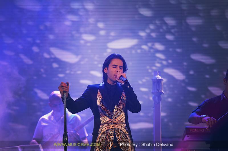 ahmadvand%203 تصاویر اولین کنسرت شخصی مهدی احمدوند