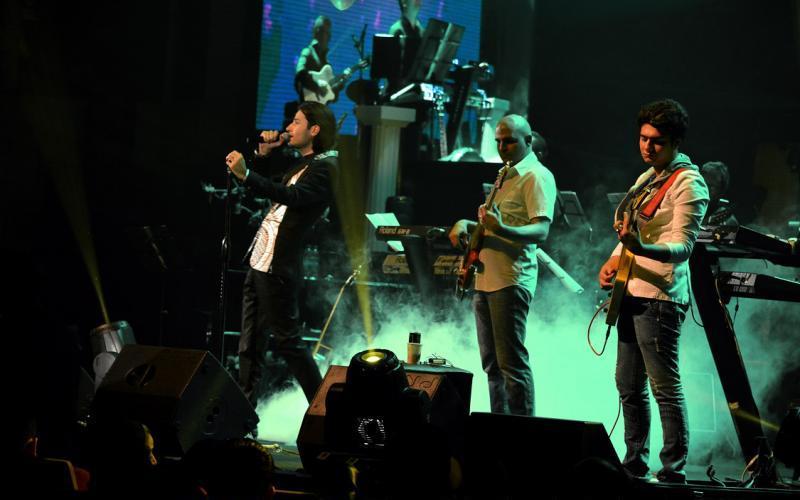 ahmadvand%205 تصاویر اولین کنسرت شخصی مهدی احمدوند