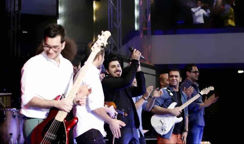 ehsan%20khajeh%20amiri%204 تصاویر کنسرت احسان خواجه امیری در تالار وزارت کشور
