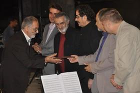khalabanan اهدا قطعه خلبانان ملوانان به موزه موسیقی