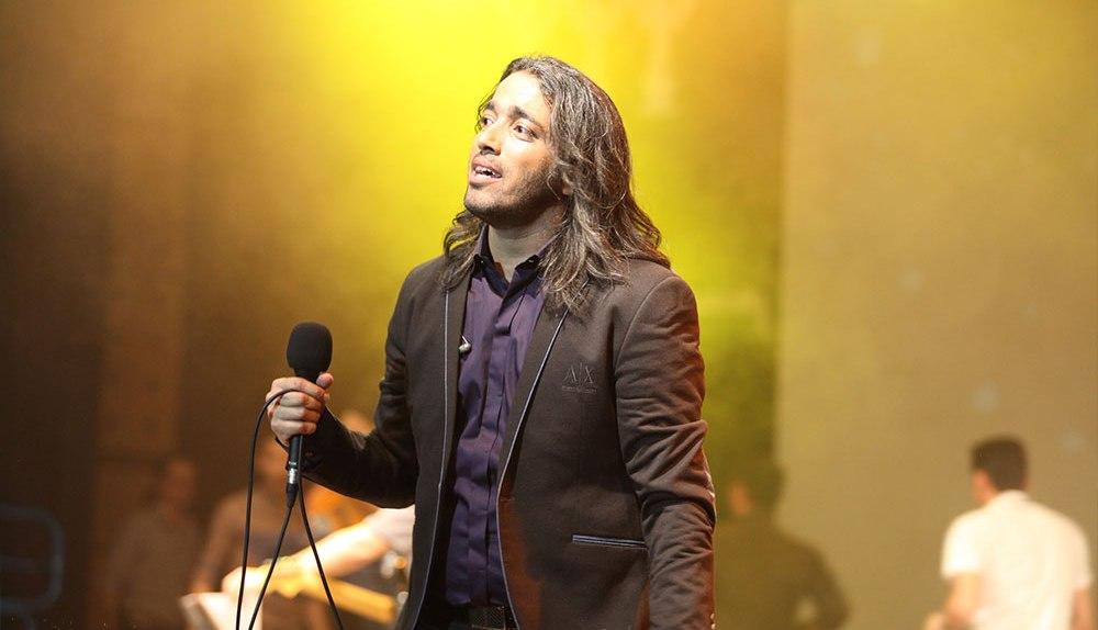 Mohsen Yahaghi 06 گزارش کنسرت محسن یاحقی اردیبهشت 93