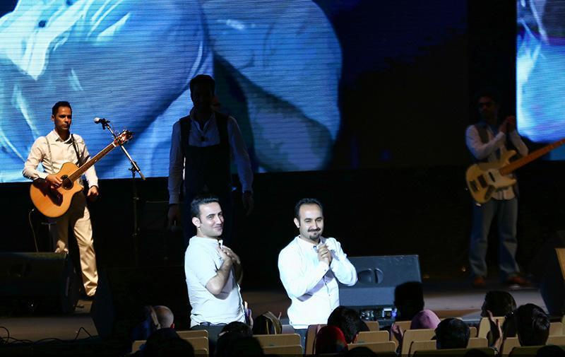 Benyamin%2012 گزارش تصاویر کنسرت بنیامین بهادری در میلاد تهران
