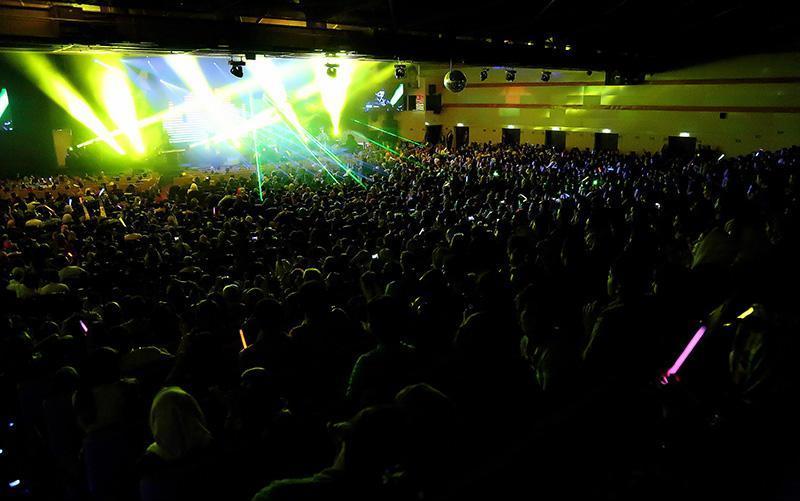 Alizadeh%2011 تصاویر کنسرت محمد علیزاده در شب آرزوها