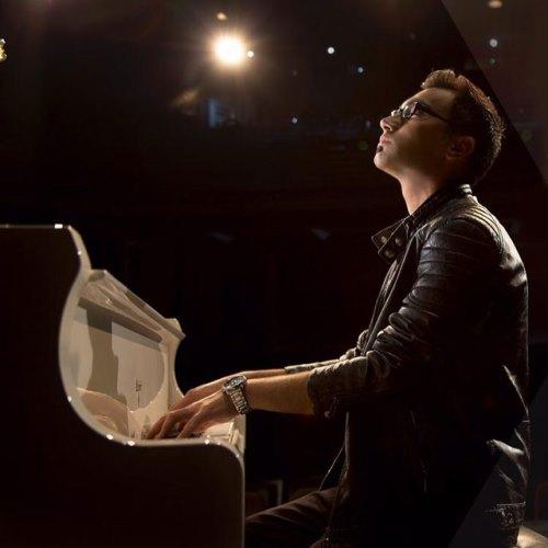 دانلود موزیک ویدیو جدید معین طاهری بنام آشنا سوز