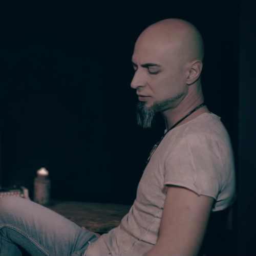 دانلود موزیک ویدیو جدید آرش ساغری بنام آه زندگی