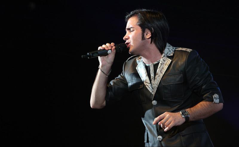 دانلود آهنگ جدید محسن یگانه چرا گذاشت بره
