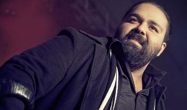 Reza+Sadeghi ثبت نام آکادمی موسیقی خبر خوش رضا صادقی در کنسرتش